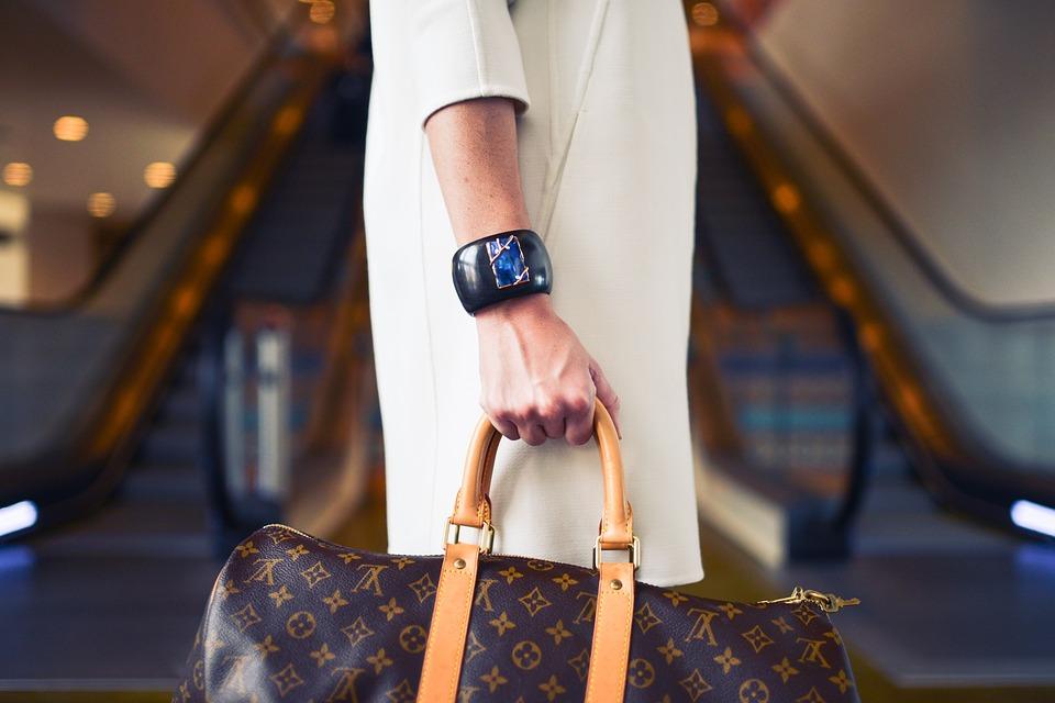 , Louis Vuitton e A.C. Milan : operazione da 1,2 miliardi di euro, BorsaMagazine.it