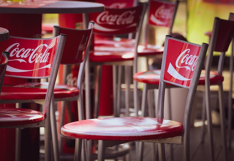 coca cola, Coca Cola: stop investimenti e assunzioni, fabbriche a rischio, BorsaMagazine.it, BorsaMagazine.it